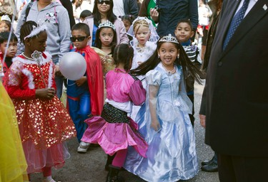 Schoolchildren wear costumes during a parade ahead of the Jewish holiday of Purim outside the Bialik Rogozin school in south Tel Aviv March 6, 2012. At Bialik Rogozin, children of migrant workers and refugees from 48 states are educated alongside native Israelis. Purim is a celebration of the Jews' salvation from genocide in ancient Persia, as recounted in the Book of Esther. REUTERS/Nir Elias