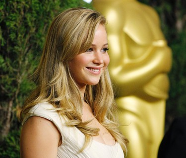 """Jennifer Lawrence, best actress nominee for her role in """"Winter's Bone"""", arrives at the nominees luncheon for the 83rd annual Academy Awards in Beverly Hills, California February 7, 2011. REUTERS/Mario Anzuoni"""