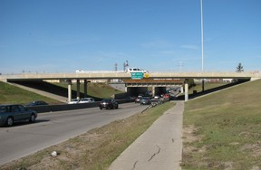 Sewer repairs will result in closures at the Jubilee underpass this weekend.