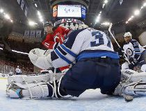Pavelec behind filer