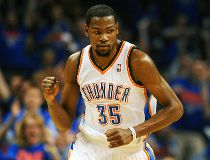 Thunder star Kevin Durant spurs Under Armour for Nike