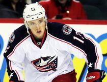 Blue Jackets' Cam Atkinson narrowly escapes skate cut to eye