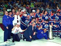 May 24, 1990. Edmonton Oilers pose for that famous team picture on the ice after the Oilers won their fifth Stanley Cup championship on May 24, 1990 after beating the Boston Bruins