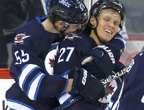 Jets beat Coyotes