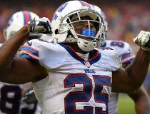 Buffalo Bills running back LeSean McCoy (25) celebrates his touchdown during the second half of an NFL football game against the Kansas City Chiefs in Kansas City, Mo., Sunday, Nov. 29, 2015. (AP Photo/Ed Zurga)