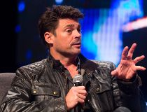 Karl Urban at the Calgary Expo