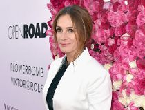 Actress Julia Roberts attends Open Roads World Premiere