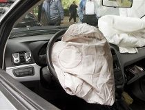Seatbelts and airbags: Do you need to maintain them?