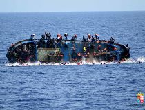 Migrants shipwrecks