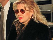 Gennifer Flowers