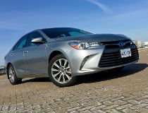 Top 10 popular cars that hold their value best
