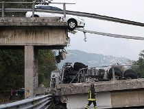 Italy highway overpass collapse