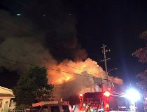 Fire at Oakland, Calif., warehouse_1