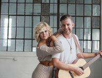 Calgary country music duo Leaving Thomas: Annika Odegard and Bryton Udy