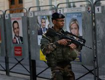 French election soldier