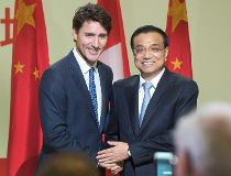 Li Keqiang and Justin Trudeau