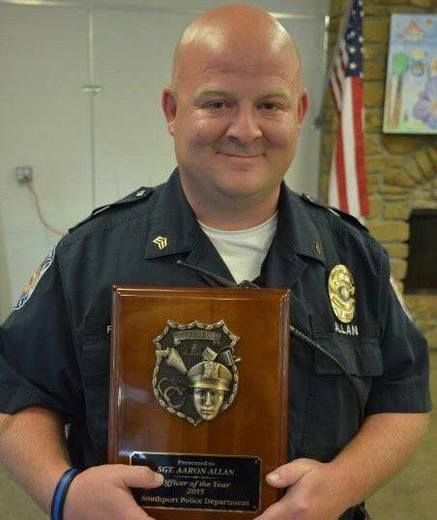 'Teddy Bear' police officer fatally shot while helping car crash victims