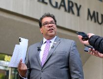 Election 2017: Nenshi reveals donors