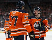 Edmonton Oilers vs Carolina Hurricanes _8