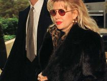 Boy, Bill got around. Gennifer Flowers is yet another woman who claimed she had a relationship with Clinton. She came forward during his 1992 presidential election campaign alleging that she had had a twelve-year relationship with him.