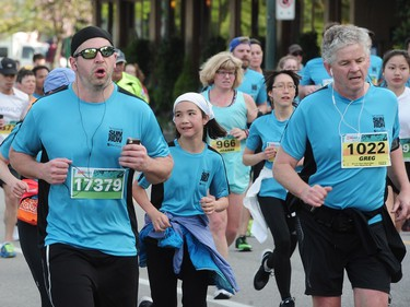 VANCOUVER, BC., April 17, 2016 --  Runners in the 32nd annual Vancouver Sun Run, in Vancouver, BC., April 17, 2016. (Nick Procaylo/PNG)   00042785A  [PNG Merlin Archive]