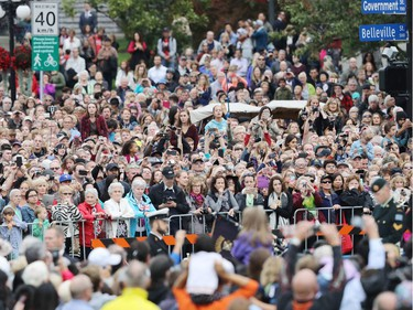 Crowds wait for the Royal Family to arrive at the Official Welcome Ceremony for the Royal Tour at the British Columbia Legislature on September 24, 2016 in Victoria, Canada.  Prince William, Duke of Cambridge, Catherine, Duchess of Cambridge, Prince George and Princess Charlotte are visiting Canada as part of an eight day visit to the country taking in areas such as Bella Bella, Whitehorse and Kelowna.