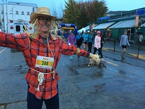 The Granville Island Turkey Trot 10K, one of several fun runs scheduled for October, is a great way to shed some long weekend calories and meet a few 'cute chicks' and 'wing' men in the process, says the guy with straw for brains.