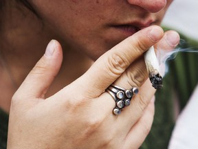 Dr. Jorge E. Chavarro of Harvard T.H. Chan School of Public Health in Boston and his colleagues found that women undergoing fertility treatment who smoke marijuana may have more success if they quit.
