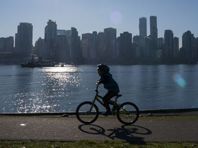 Whether you walk the seawall or rent bikes, Stanley Park introduces guests to the vastness of this exceptional green space, its ecodiversity and wildlife within the city.