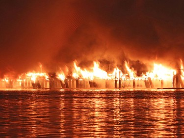 A huge fire destroyed the pier on New Westminster's waterfront. Firefighters from New Westminster, Coquitlam, Delta & Vancouver - including their Fireboats. No reports of injuries or a cause of the fire yet. Photos from the Surrey side of the Fraser River.