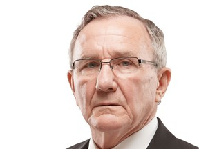 A video tribute to the career of Leonard Doust was produced due to the fact that a dinner to present the Law Society Award 2020 to him had to be cancelled owing to the COVID-19 pandemic.