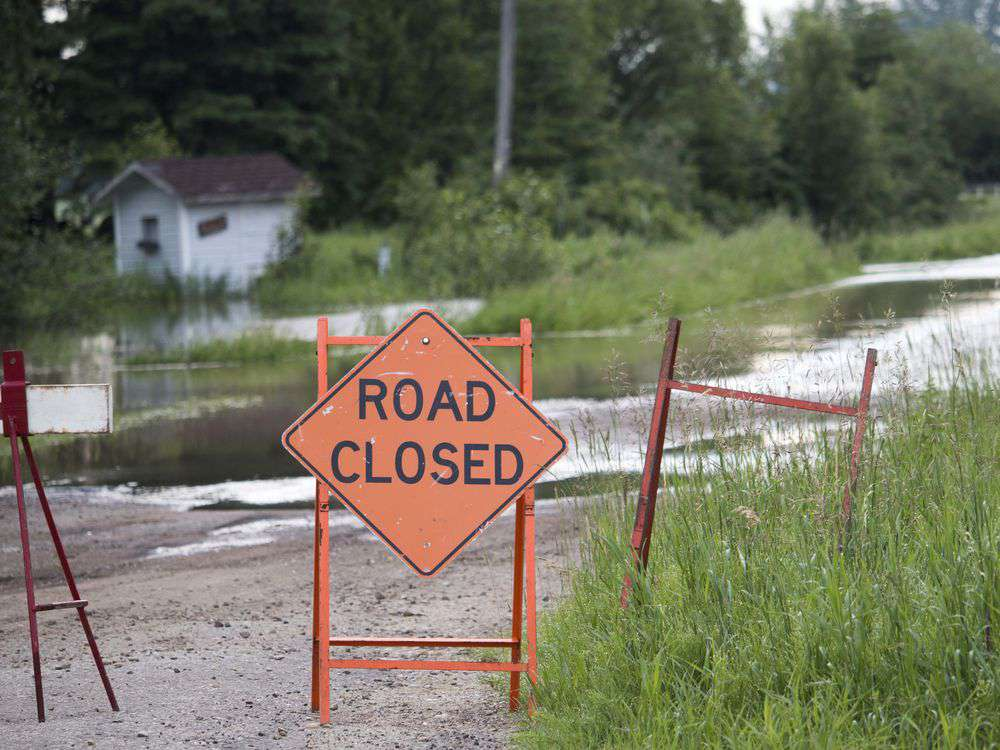 Flooding prompts state of local emergency
