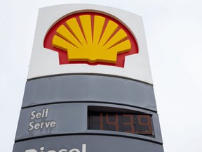 Gas was selling for $1.43.9/litre at the Shell Station on the corner of Wonderland Road and Viscount in London. (Derek Ruttan/The London Free Press)