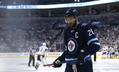 Winnipeg Jets forward Blake Wheeler focuses during a break in action in Game 5 of the Western Conference final against the Vegas Golden Knights in Winnipeg on Sun., May 20, 2018. Kevin King/Winnipeg Sun/Postmedia Network