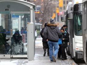 Large numbers of people continue to be out and about in Winnipeg, in spite of tightened code red Covid-19 restrictions.  Friday, November, 20, 2020.